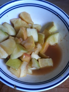 I pushed the cooked apples aside so you could see how much liquid there is after cooking.